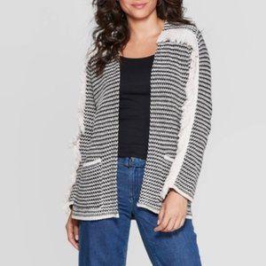 Knox Rose Black and Cream Cardigan Sweater Small